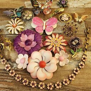 17 enamel pin brooch jewelry vintage lot